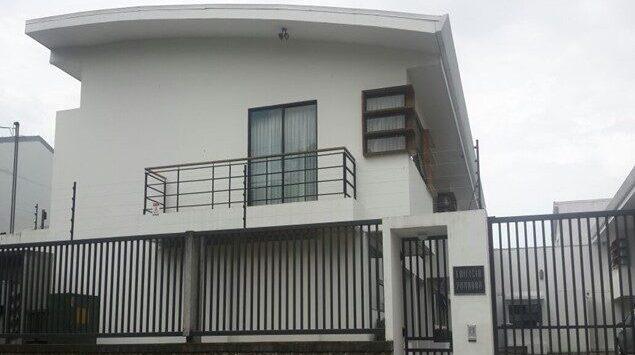 Hermoso apartamento de dos niveles en alquiler
