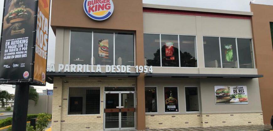 Local comercial en Condominio Plaza Santo Domingo