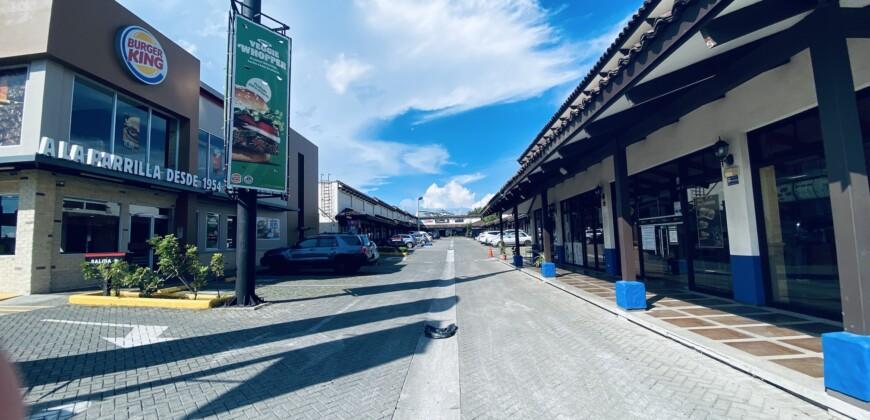 VENTA LOCAL COMERCIAL DE 117 M2 SANTO DOMINGO DE HEREDIA