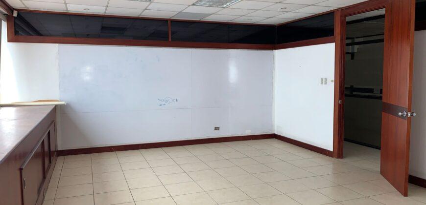 Oficina en alquiler de 215.73 m2