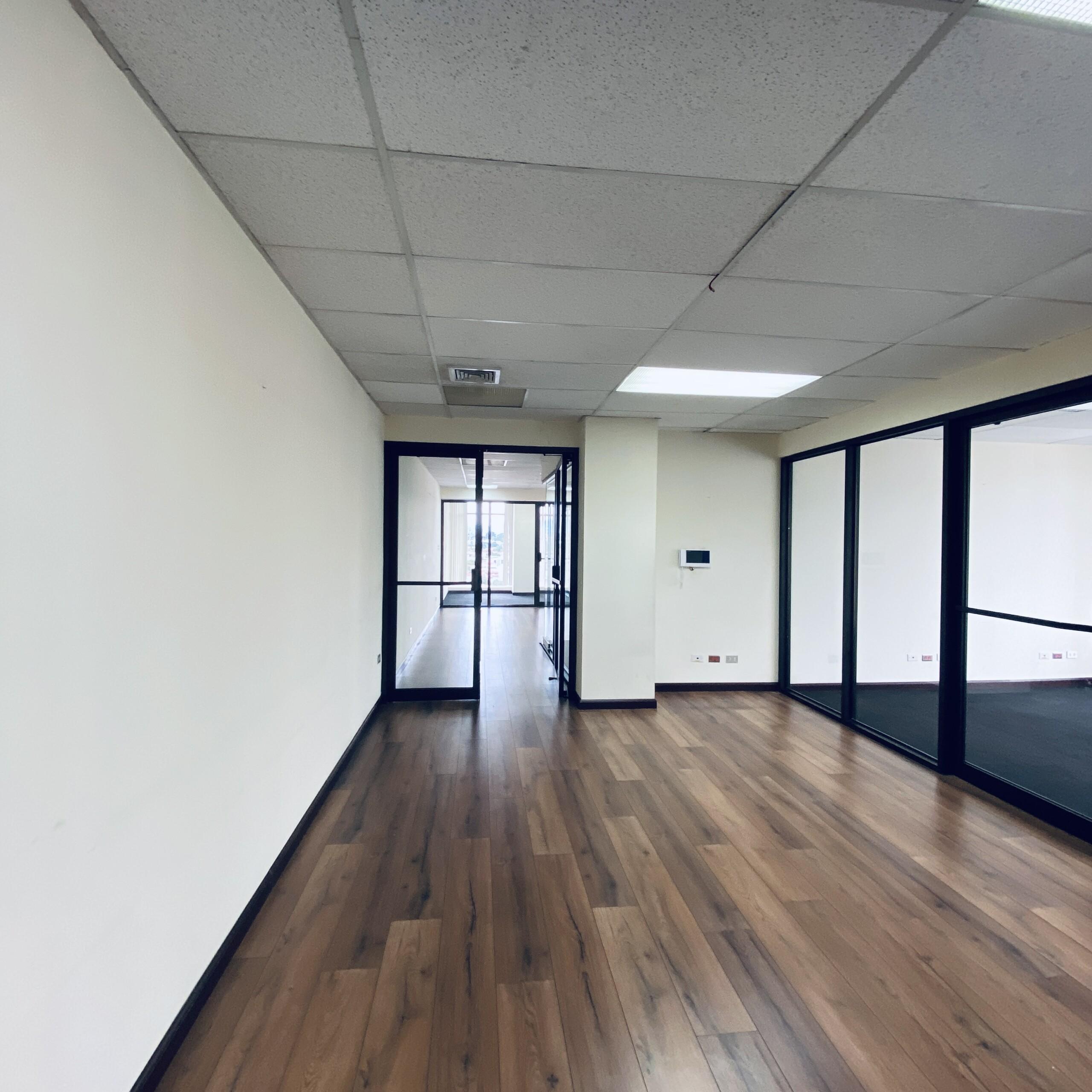 Oficina de 158.23 m2 en alquiler