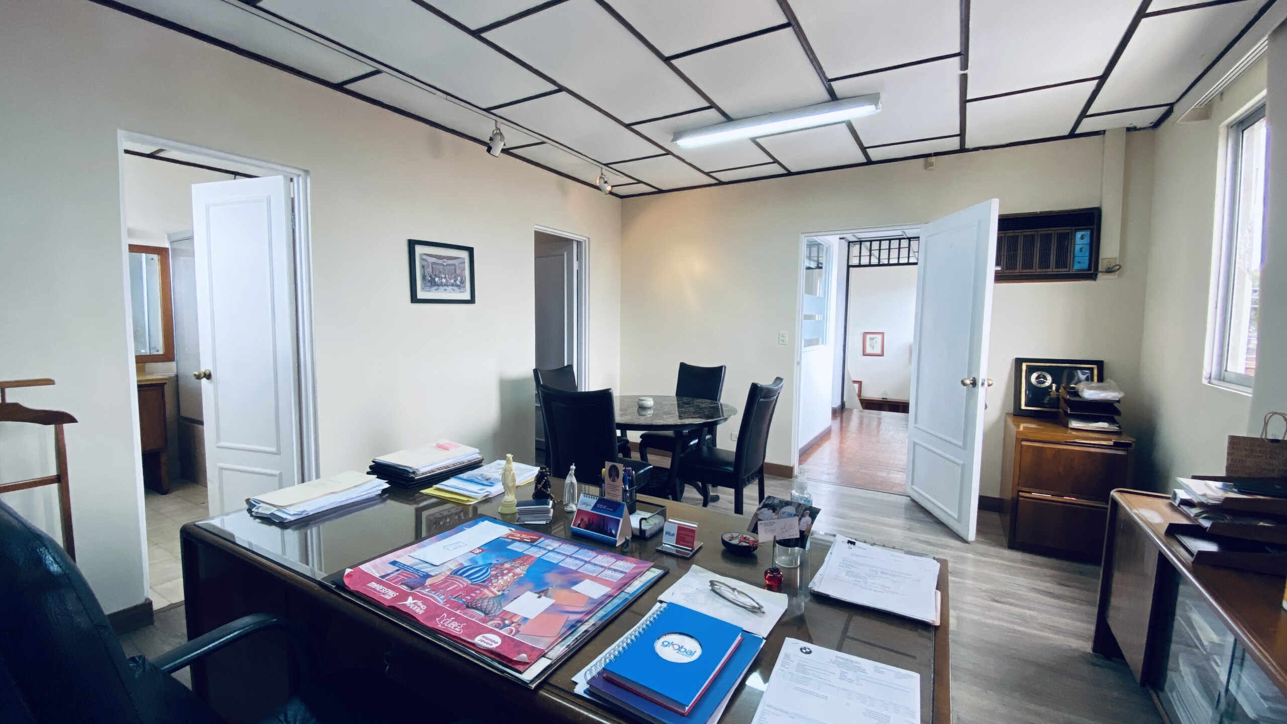 Casa en venta Rohrmoser / Disponible también como oficinas corporativas.