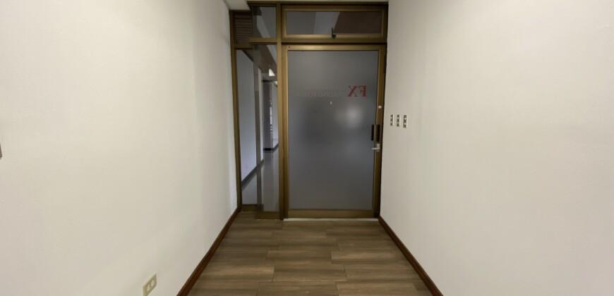 Oficina en Alquiler de 183.52 m2, en Oficentro la Sabana